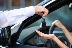 טיפים שכל אחד צריך לדעת לפני ואחרי השכרת רכב